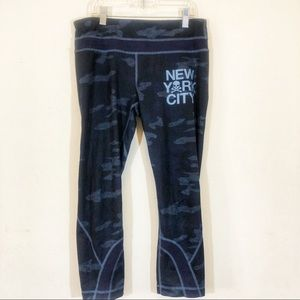 Rare Lululemon NYC SoulCycle Inspiré Crops